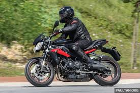 review 2016 triumph street triple r fast bike fun
