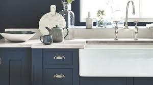 cuisine couleur bleu gris peindre mur couleur peinture wc de deux couleurs gris anthracite