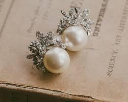 vintage earrings vintage style pearl stud earrings carrie jules bridal