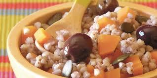 cuisiner le sarrasin salade de sarrasin aux olives noires recettes femme actuelle
