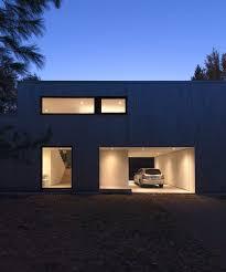 a 90 u0027s split level bungalow goes modern design milk
