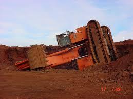 mining mayhem excavator bench failure