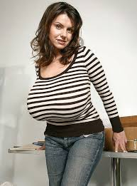 huge boobs in Tight blouse amateur Amateur Big Tits Tight Shirt