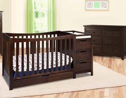 Graco Convertible Crib With Changing Table Graco Remi Convertible Crib Collection