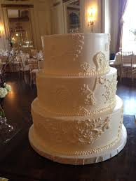 buttercream lace work and lattice design with fresh flowers www