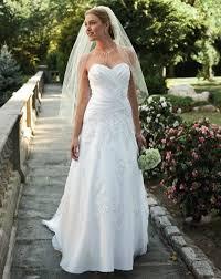 davids bridal wedding dresses brides on a budget david s bridal will tons of dresses