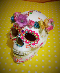 day of the dead home decor decora esqueleto cerámica corona flores decorates ceramic skeleton