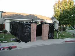 Backyard Haunted House Ideas Garage Haunted House Design Decoration