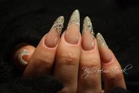 almond shaped nail art fashion fuz