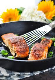 5 minute 5 ingredient blackened salmon the seasoned mom