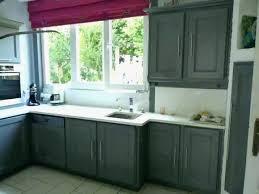 meuble de cuisine en bois comment repeindre meuble de cuisine beau repeindre une table de
