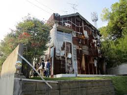 artful adoption for abandoned houses in naoshima