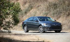 toyota company cars 2018 toyota avalon pictures photo gallery car and driver