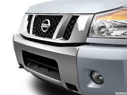 Nissan Titan Grill 9234 St1280 156 Jpg