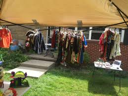 6 ways to host a killer garage sale and make more money