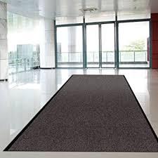 tapis de cuisine au metre tapis d entrée casa pura anthracite noir paillasson au mètre