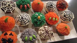 awesome decorating ideas for halloween cupcakes home design great
