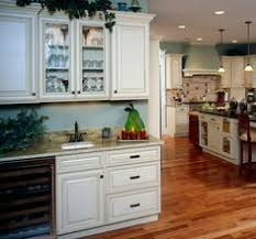 How To Select Kitchen Cabinets Villa Maple Heirloom Black Paint U0026 Linden Maple Dover Kitchen