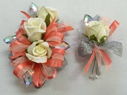 Prom Corsages And Boutonnieres 38 Best Prom Images On Pinterest Prom Flowers Boutonnieres And