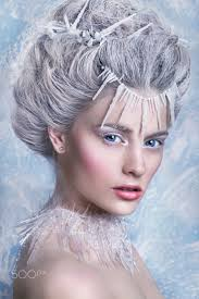 Ice Queen Halloween Costume Ideas 25 Snow Queen Costume Ideas Snow Queen Makeup