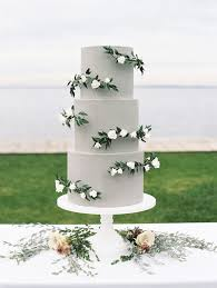 wedding cake greenery wedding cakes decorated with sugar greenery brides