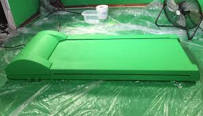 Green Paint How To Paint A Green Screen Treadmill In 3 Steps Rosco Spectrum