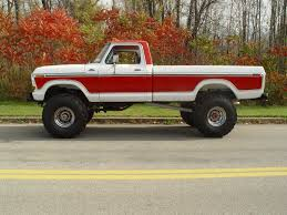 ford truck red very nice white red 1978 ford f 150 4x4 mine is a 2 wheel drive