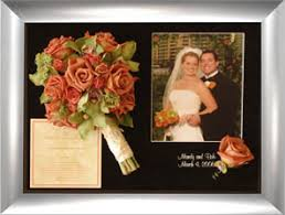 preserve wedding bouquet freeze wedding bouquet with invitation and photo