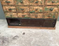deco industrielle atelier ancien meuble de métier 24 tiroirs
