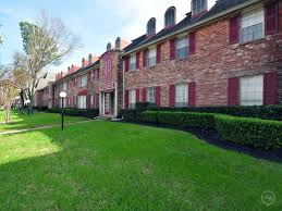 Woodlake On The Bayou Floor Plans by Belmont Place U0026 La Fontaine Apartments Houston Tx 77042