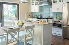 repeindre sa cuisine en blanc repeindre sa cuisine quelles couleurs et quels effets obsigen