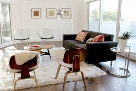 Living Room Lounge Chair Modern Living Room With Hardwood Floors High Ceiling In Los