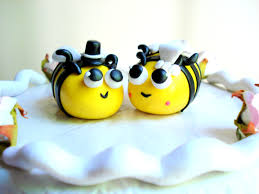 bumble bee cake toppers bee wedding cake topper polymer clay bumblebee cake topper