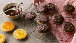 picture cakes food recipes berry s jaffa cakes