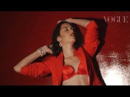Video Youtube Film Hot India   red hot another vogue india fashion film official https www