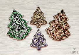 ornaments set of 4 wooden painted decoration