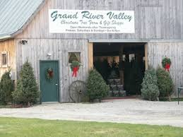 Pine Tree Barn Wooster Oh Cleveland Ohio Area Christmas Tree Farms Choose And Cut