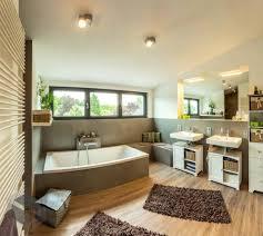 Badezimmer Badewanne Dusche Hausdekorationen Und Modernen Möbeln Ehrfürchtiges Kühles