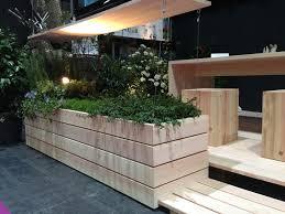 pflanzkasten mit sichtschutz sichtschutz blumenkasten pflanze heimdesign innenarchitektur