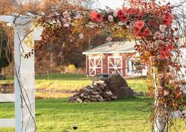 Wedding Archway 40 Outdoor Fall Wedding Arch And Altar Ideas U2013 Hi Miss Puff