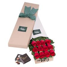 boxed roses stemmed roses gift box 12 roses only featured products