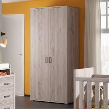 meubles chambre bébé armoire bébé couleur chêne clair moderne oscar meubles chambre
