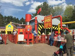 a day out at alton towers thebrunettesays