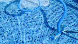 pool cleaning tips selecting the best pool cleaning service for your pool