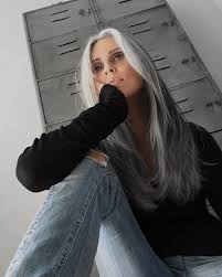 stylish cuts for gray hair 70 best growing grey hair young images on pinterest casual