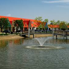 the holland town center