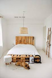 diy easy wood pallet bed frame wonder forest