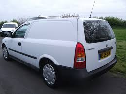 vauxhall white vauxhall astra 1 7 cdti for sale in ormskirk bennett van sales