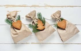 gift wrap bags 6 eco friendly gift wrap alternatives kristen lindsay
