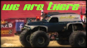 grave digger 30th anniversary monster truck amazing grave digger legend monster truck crash recovery at